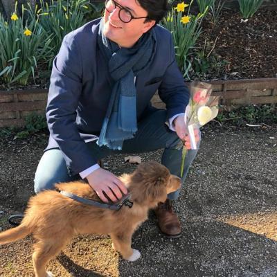 Distribution de fleurs aux Charlyrotes