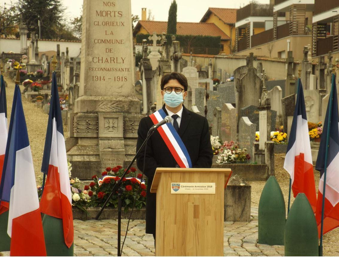 Charly le maire a lu la lettre de genevieve darrieussecq les noms des 20 militaires morts pour la france en 2020 ont ete enumeres photo le progres georges dumas 1605113034
